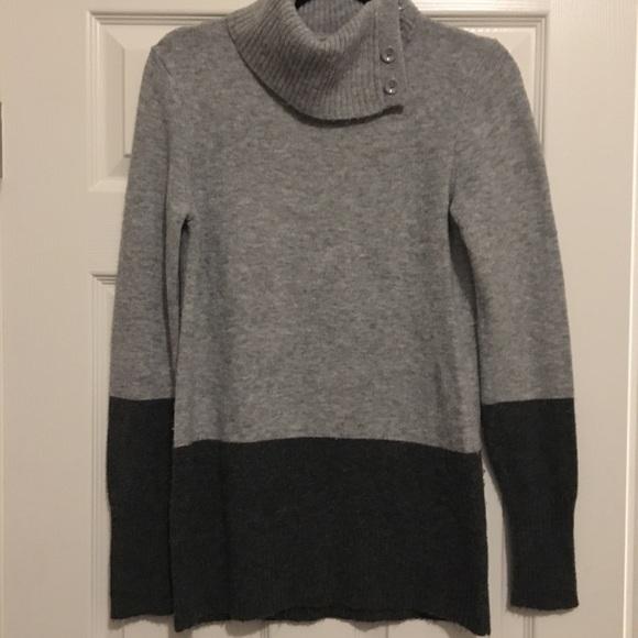 40b023ea764 Sweaters   Cozy Gray Turtleneck Tunic Sweater   Poshmark